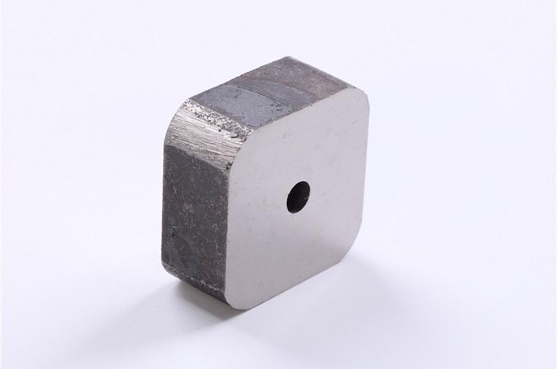 Alnico block magnet